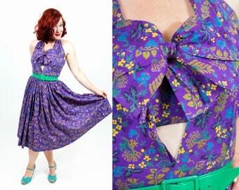 1950s Purple Sundress with Flower Print and Key-Hole - Medium