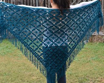 Hand knit turquoise shawl
