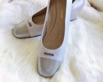 20% off using coupon! vintage leather shoes/loafers/ flats minimalist women's size 8