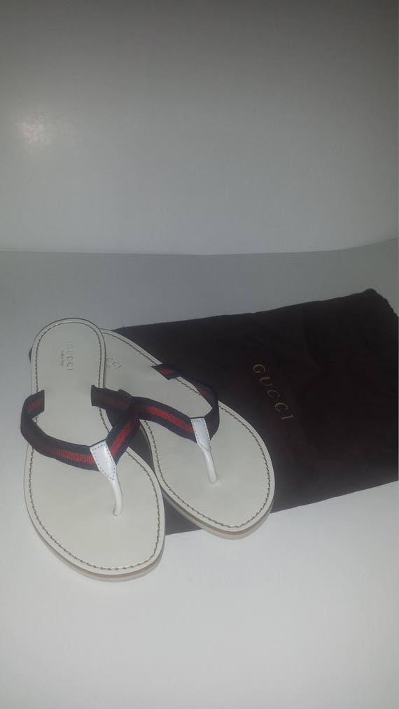 d224e49e0b57 Authentic leather Gucci flip flops size 7.5