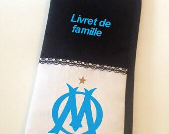 Family book protected OM white/black