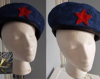 cyborg noodle gorillaz blue red star hat beret size 7
