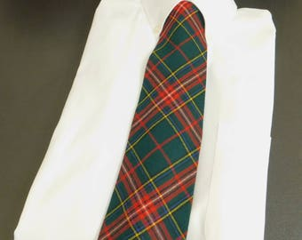 Men's Vintage Red Plaid Necktie, Scottish Tartan, Holiday Neckwear Family Portrait, Gift for Dad, Golf Accessory, Gift for Golfer, Christmas