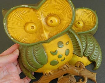 Vintage Cast Metal Owl, One Pair, 1970's, Sexton, Hand Painted, Hippie, Funky, Retro, Set of 2 Cast Aluminum Big Eye Owls, Green and Yellow,