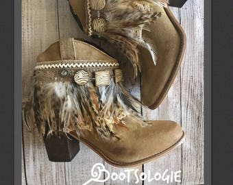 IN STOCK SIZE 9M. Decorated ankle boot, festival boot, feather boot, bootie. Reworked boot. Leather boot, suede. New boots.