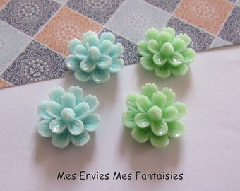 4 cabochons resin flowers 20mm base 18mm approx green / blue R15