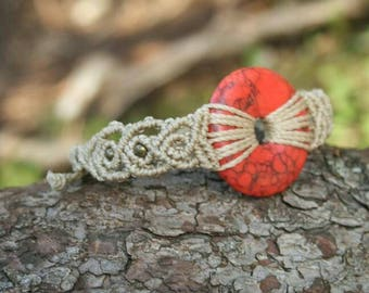 Macrame Armand with red Holiwth donut