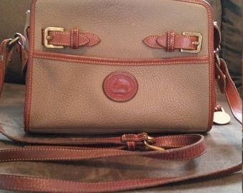 Vintage Dooney and Bourke AWL Small Zip Top Shoulder Bag/Purse in Taupe USA