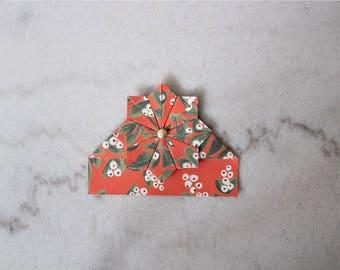 "Handmade corner bookmark ""Kiss Me Under the Mistletoe"""