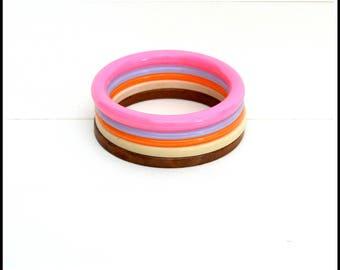 Choice of (1) Vintage Plastic Bangle Bracelet - Colorful Plastic Bracelet - 1980's Bangle