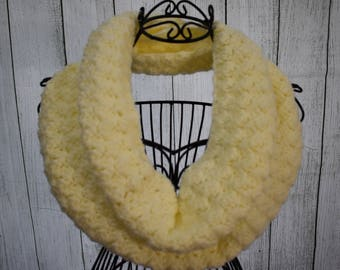 Crochet Infinity Scarf (Cream)- Puff Stitch