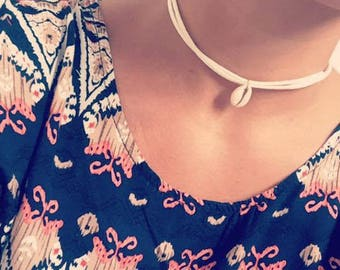 This necklace cowrie shell suede Lanzarote 33cm