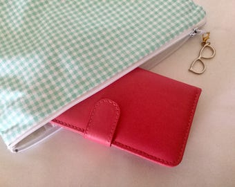 ZIPPERED fabric Aqua gingham make-up pouch, green and white gingham pouch