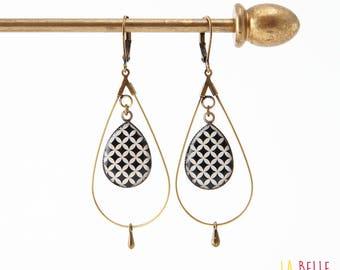 drop hoop earrings resin black mosaic pattern