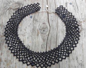 Black Lace Necklace, Black Statement Collar, Victorian Necklace, Tatting Jewelry, Bib Style Necklace, Black jewelry, Frivolite Jewelry
