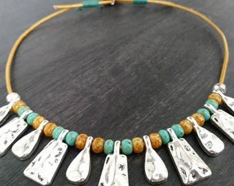 Leather necklace. Short necklace. Bib Collar. Beaded necklace.