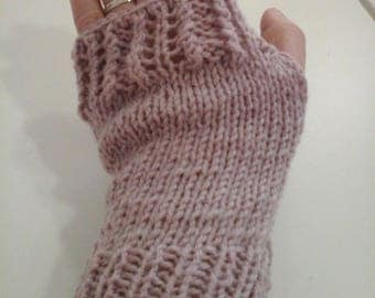 Mitten lace wool old rose color