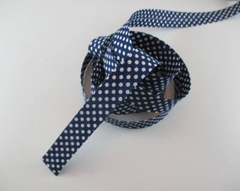 bias to polka dot color Navy Blue and white 100% cotton 18 mm wide.