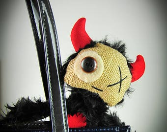 Hand made doll devil Monster Art toy Art doll Toys Dolls Plush Valentine's Day FREE SHIPPING Voodoo Horror toy Primitive toy OOAK Booo