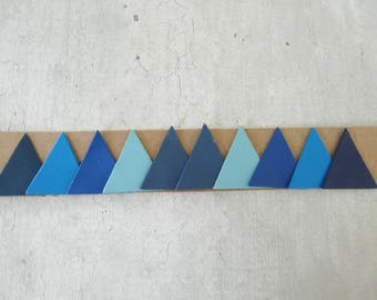 fine leather, 3 cm, 5 blue tones to create 10 triangles