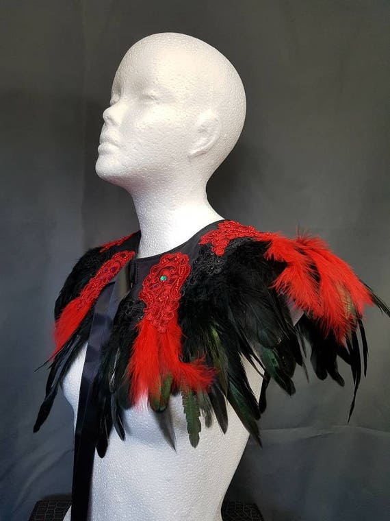 Red & Black vampire feather cape, Cape with red and black feathers