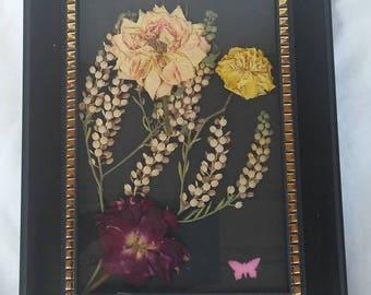 Framed rose bouquet