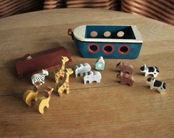 Vintage Wooden Noah's Ark Toy Chest Box with Menagerie – Hand Crafted and Painted