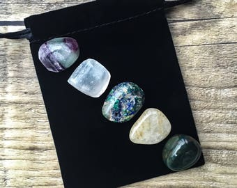 Spirituality & Health Gemstone Set, Healing Crystals and Stones, Azurite Malachite, Bloodstone, Rutilated Quartz, Selenite, Fluorite