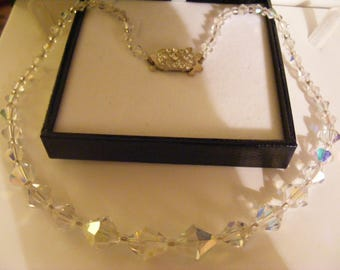 Pretty Vintage Glass Necklace With Diamante Clasp