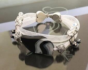 Tubular bracelet with black agate