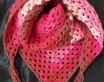 Crochet triangle scarf, ladies scarf, granny square, accessories, gift for her, pink scarf, pink shawl, ladies shawl, crochet shawl