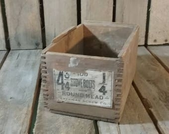 American Screw Co. Round Head Stove Bolt Wooden Dovetailed Shipping Crate/Antique Wooden Box/Vintage Wooden Crate/Small Wood Box/Vintage Box