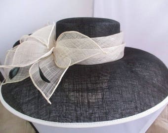 Wedding/ascot/bridal  hatbox signed Hat   VERY WIDE-size-M