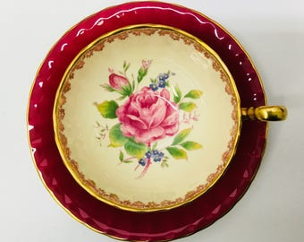 Aynsley teacup and saucer circa 1934-1950.