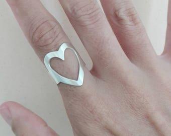 Corazón grande en anillo ajustable de plata ley 999, anillo ajustable en plata,  anillo ajustable de corazón grande.