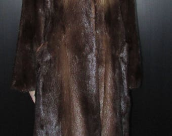 Joli manteau de véritable fourrure de loutre des rivières naturel / Vtg beautiful real natural river otter fur coat  sz l  bust 44