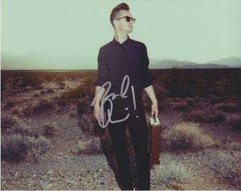 BRENDON URIE Signed Photo 8X10 rp Autographed Panic At The Disco