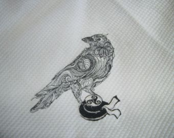 DECORATIVE HAND TOWEL EMBROIDERED ROUND
