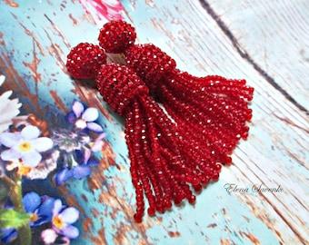 Garnet color/Crystal Czech beaded tassel/Short-tassel/handmade/oscar de la renta/clip on earrings/beading dangle earring