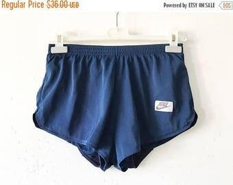 ON SALE Vintage Navy Blue NIKE Shorts Vintage Nike Track Running Shorts Blue Retro Jogging Workout Shorts Size Medium Blue Nike Shorts Made