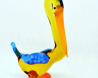 Glass pelican figure pelican bird sculpture pelicans statue murano bird figurines collectible bird artglass gift statue for collection toys