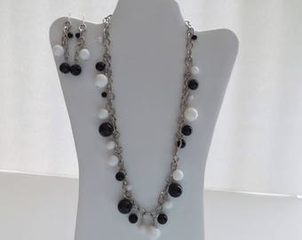 Natural black onyx and white agate necklace and earrings.