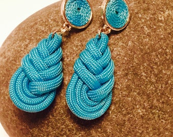Drop earrings in turquoise rope, Paracord