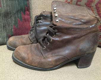 Vintage brown Leather lace up boots