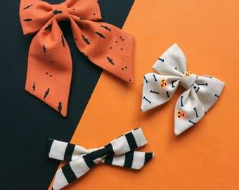 Halloween bow sets for girls, bat hair bows, autumn gift set, halloween hair accessories, skull bows, creepy cute toddler