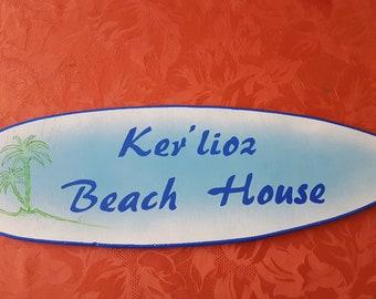 Beach House decorative surfboard