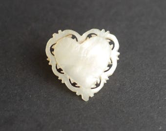 Mother of pearl carved heart brooch