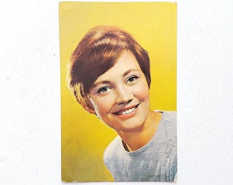 Larisa Luzhina soviet cinematography propaganda postcard // Retro cinema art woman actress photo USSR