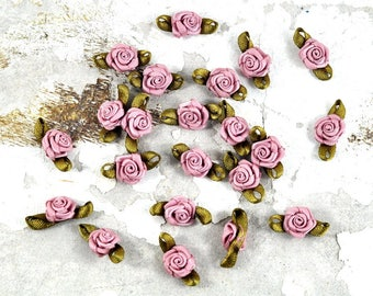 Petite Satin Fabric Roses - Dusty Pink and Green - 10 pcs - Jewellery, Costume & Craft Supplies by DeeDeeSupplies