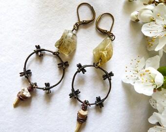 Earrings rustic, ethnic, tribal, teeth and blocks of honey bees